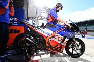 Red Bull KTM Tech3 garage
