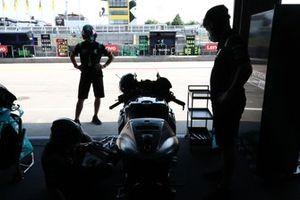 Franco Morbidelli, Petronas Yamaha SRT's crew
