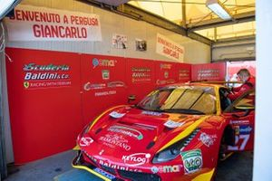 #27 Scuderia Baldini, Ferrari 488 GT3 Evo: Giancarlo Fisichella, Stefano Gai, Daniel Zampieri