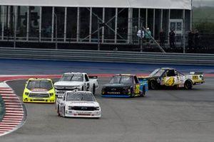Kaz Grala, Young's Motorsports, Chevrolet Silverado Young's Building Systems, Matt Crafton, ThorSport Racing, Toyota Tundra Oklahoma Joe's/Menards