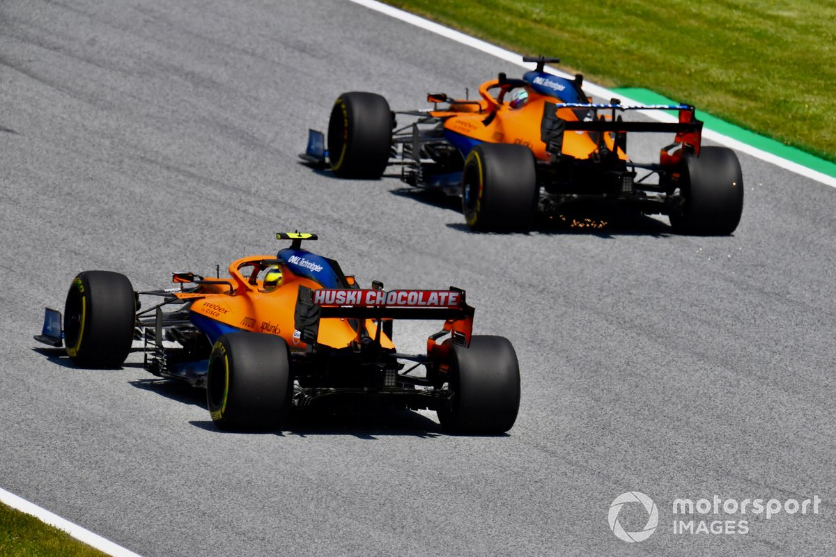Daniel Ricciardo, McLaren MCL35M , Lando Norris, McLaren MCL35M