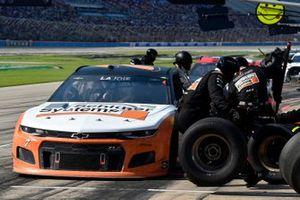 Corey LaJoie, Spire Motorsports, Chevrolet Camaro Schluter Systems pit stop