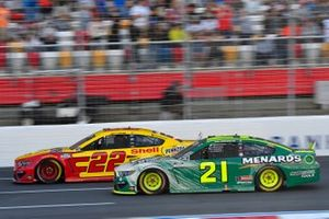 Joey Logano, Team Penske, Ford Mustang Shell Pennzoil, Matt DiBenedetto, Wood Brothers Racing, Ford Mustang Menards / Masterforce Tools