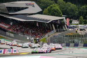 Start action, Dylan Pereira, BWT Lechner Racing, Jaxon Evans, Pierre martinet by Alméras