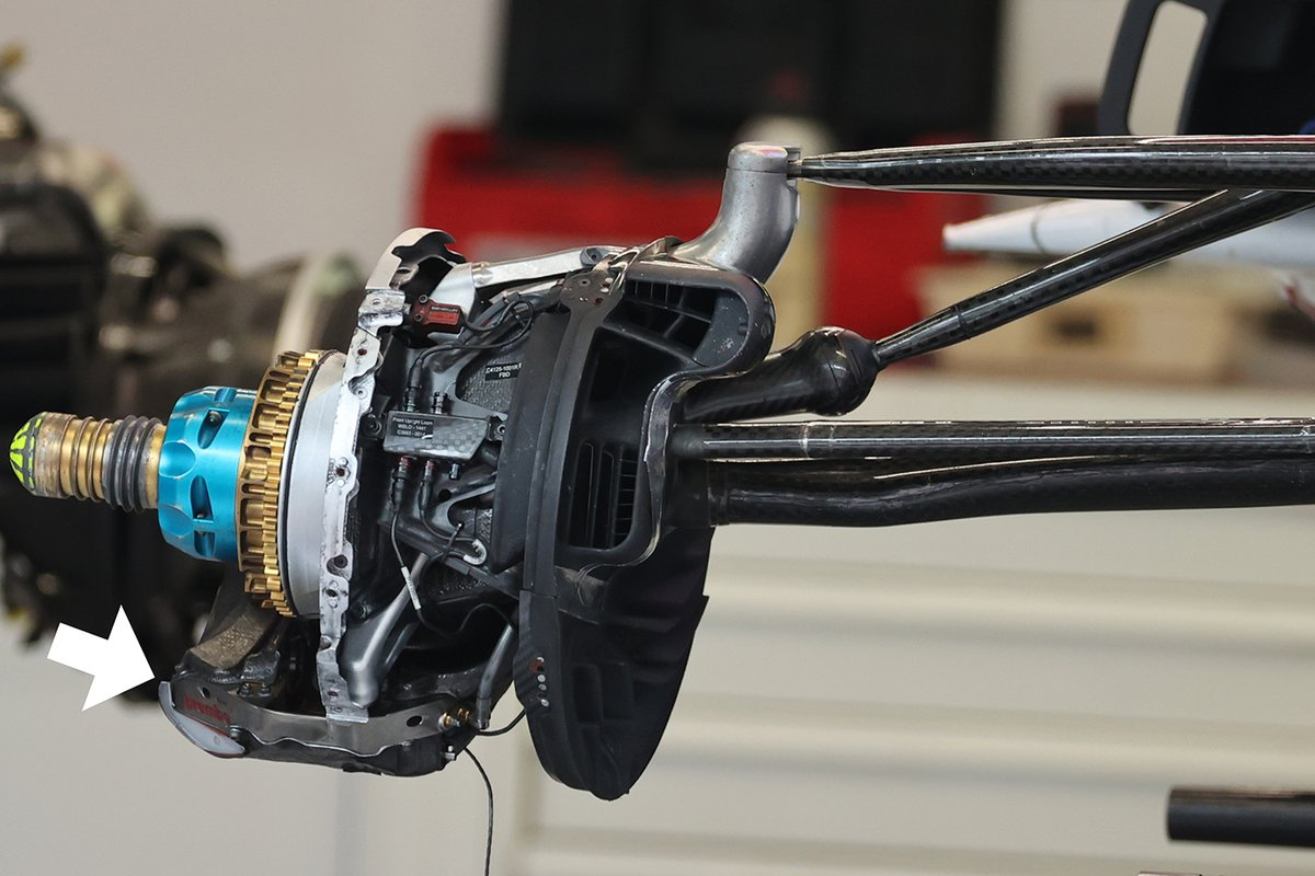 Alfa Romeo C41: Vorderrad-Bremse