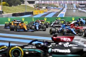 Lewis Hamilton, Mercedes W12, Fernando Alonso, Alpine A521, Charles Leclerc, Ferrari SF21, Esteban Ocon, Alpine A521, and Daniel Ricciardo, McLaren MCL35M