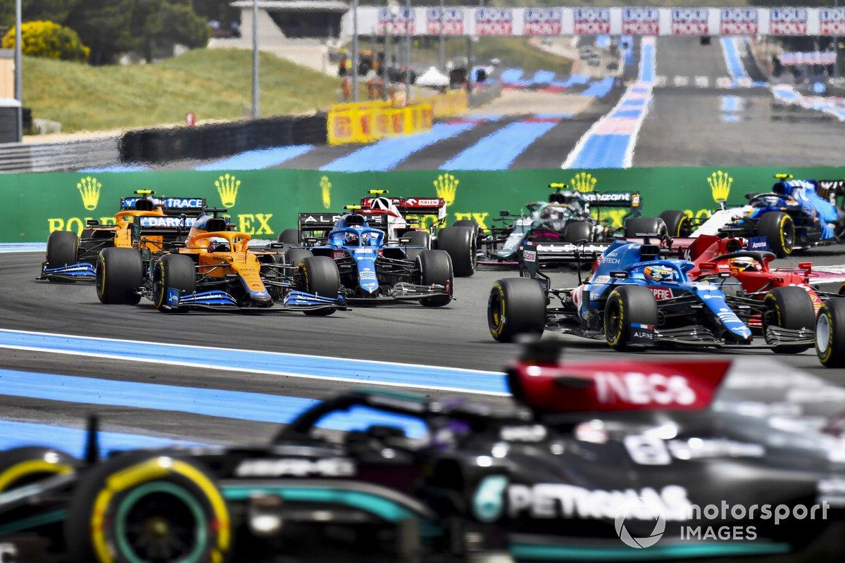 Lewis Hamilton, Mercedes W12, Fernando Alonso, Alpine A521, Charles Leclerc, Ferrari SF21, Esteban Ocon, Alpine A521, Daniel Ricciardo, McLaren MCL35M