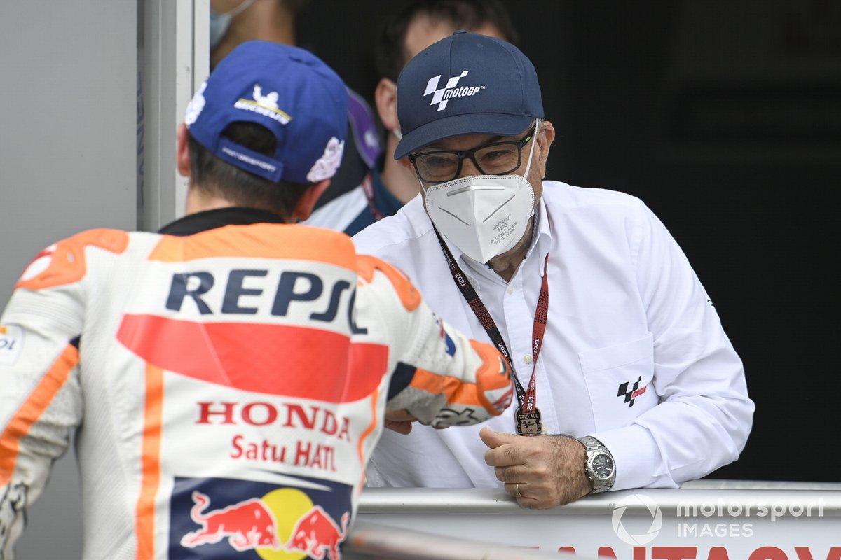 Ganador Marc Márquez, Repsol Honda Team, Carmelo Ezpeleta, CEO Dorna Sports
