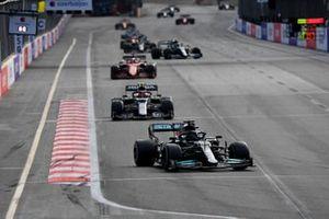 Lewis Hamilton, Mercedes W12, Pierre Gasly, AlphaTauri AT02, and Charles Leclerc, Ferrari SF21