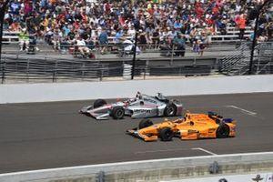 Will Power, Team Penske Chevrolet, Fernando Alonso, Andretti Autosport Honda