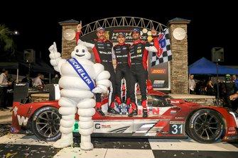 Ganadores #31 Action Express Racing Cadillac DPi: Felipe Nasr, Eric Curran, Pipo Derani