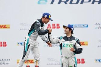 Sérgio Jimenez, Jaguar Brazil Racing, 3rd position, congratulates PRO class winnerBryan Sellers, Rahal Letterman Lanigan Racing on the podium