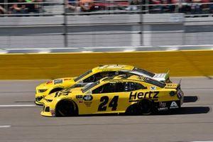 William Byron, Hendrick Motorsports, Chevrolet Camaro Hertz, Ryan Blaney, Team Penske, Ford Mustang Menards/Pennzoil Ford