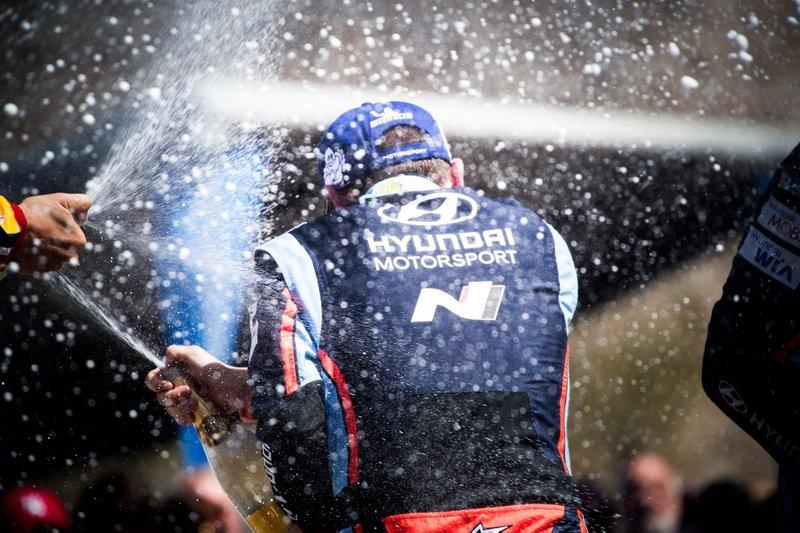 Podio: Nicolas Gilsoul, Hyundai Motorsport