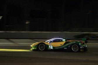 #13 Via Italia Racing Ferrari 488 GT3, GTD: Чіко Лонго, Віктор Францоні, Маркос Гомес, Андреа Бертоліні