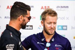 Sam Bird, Envision Virgin Racing, talks toJose Maria Lopez, GEOX Dragon Racing