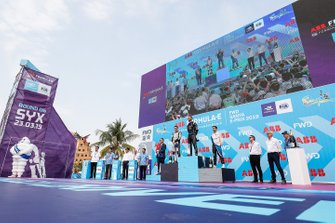 Jean-Eric Vergne, DS TECHEETAH, ganador, Oliver Rowland, Nissan e.Dams, segundo y, Antonio Felix da Costa, BMW I Andretti Motorsports, tercero