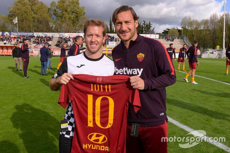 Francesco Totti e Robin Frijns