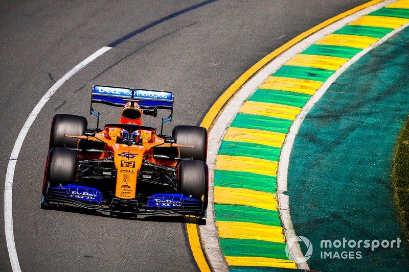 Карлос Сайнс, McLaren MCL34, 1:23.084
