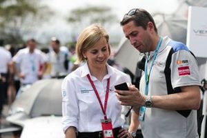 Susie Wolff, Team Principal, Venturi Formula E, with a fan