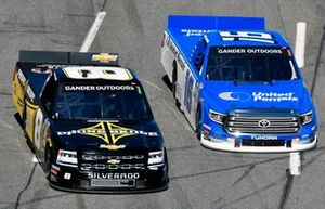 Austin Dillon, NEMCO Motorsports, Chevrolet Silverado and Austin Hill, Hattori Racing Enterprises, Toyota Tundra United Rentals