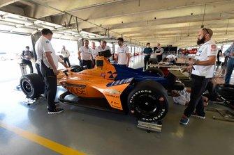 Box: McLaren Racing Chevrolet