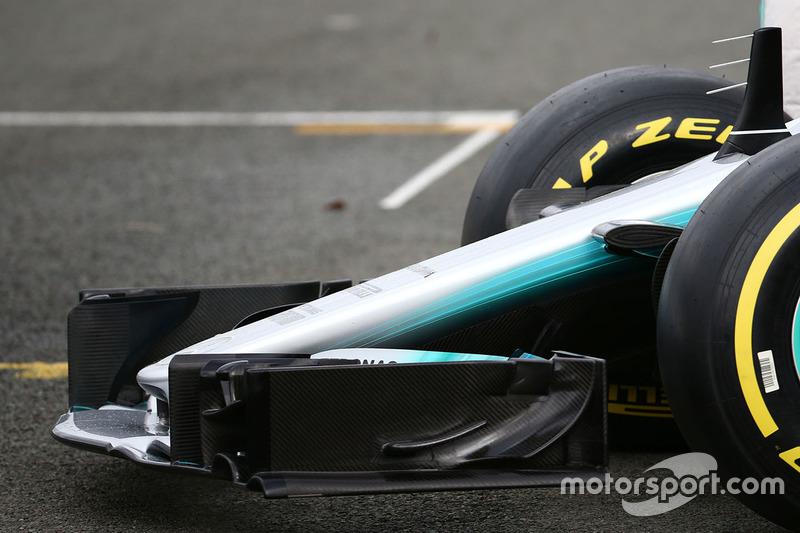 Mercedes AMG F1 W08, l'ala anteriore