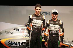Esteban Ocon, Sahara Force India F1 Team con Sergio Pérez, Sahara Force India F1 y el Sahara Force I