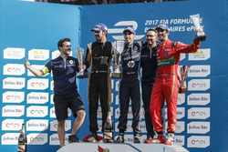 Podium: 1. Sébastien Buemi, Renault e.Dams, 2. Jean-Eric Vergne, Techeetah; 3. Lucas di Grassi, ABT