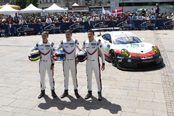 #92 Porsche Team Porsche 911 RSR: Michael Christensen, Kevin Estre, Dirk Werner