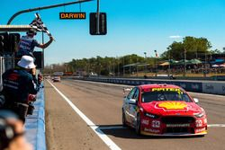 Scott McLaughlin, Team Penske Ford, takes the checkered flag