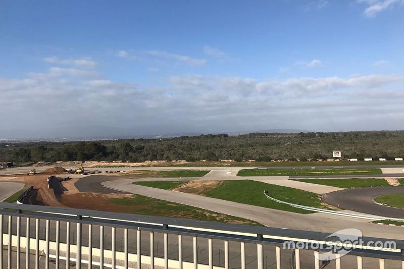 Timo Scheider track under construction at Mallorca