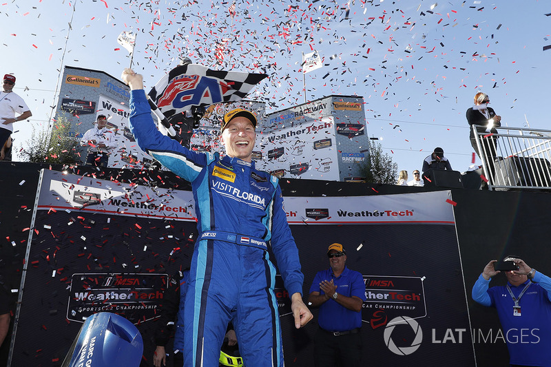 Honda Motor - Honda NSX GT3: Renger Van der Zande