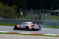 Lucas Auer, Mercedes-AMG Team HWA, Mercedes-AMG C63 DTM with damage on the car