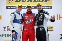 Ashley Sutton, Team BMR Subaru Levorg, Jack Goff, Eurotech Racing Honda Civic Type R and Tom Ingram, Speedworks Motorsport Toyota Avensis