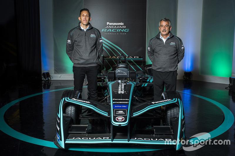 Jaguar Racing renk düzeni tanıtımı