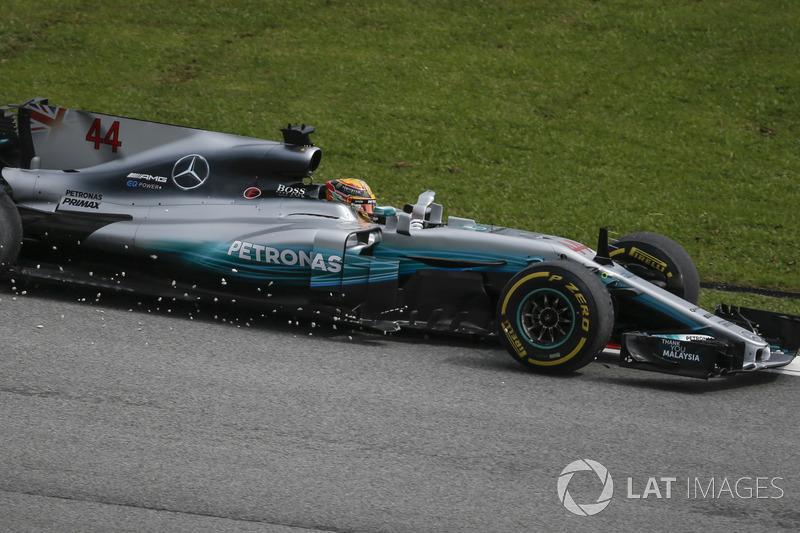 Lewis Hamilton, Mercedes-Benz F1 W08, va largo