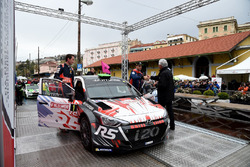 Cerimonia di Premiazione: Hayden Paddon, Sebastian Marshall, Hyundai i20 R5