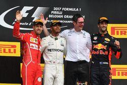 Sebastian Vettel, Ferrari, Lewis Hamilton, Mercedes AMG F1, Andy Shovlin, Mercedes AMG F1 Engineer e