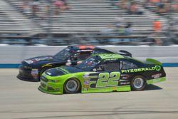 Ryan Blaney, Team Penske, Ford; Mike Harmon, Mike Harmon Racing, Dodge