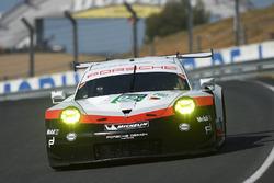 #92 Porsche Team Porsche 911 RSR: Міхаель Крістенсен, Кевін Естр, Дірк Вернер
