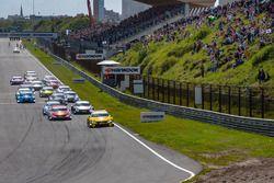 Start: Timo Glock, BMW Team RMG, BMW M4 DTM