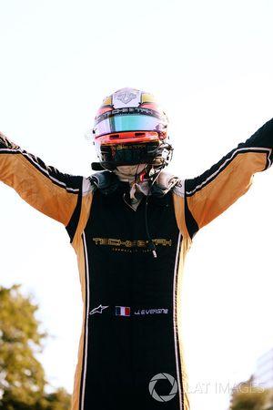 Jean-Eric Vergne, Techeetah, festeggia dopo aver vinto la gara