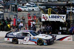William Byron, JR Motorsports Chevrolet pit stop