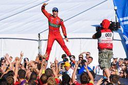 Lucas di Grassi, ABT Schaeffler Audi Sport, jumps on the podium