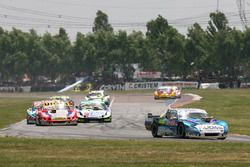 Martin Ponte, GT Racing Dodge, Juan Manuel Silva, Catalan Magni Motorsport Ford, Nicolas Gonzalez, A