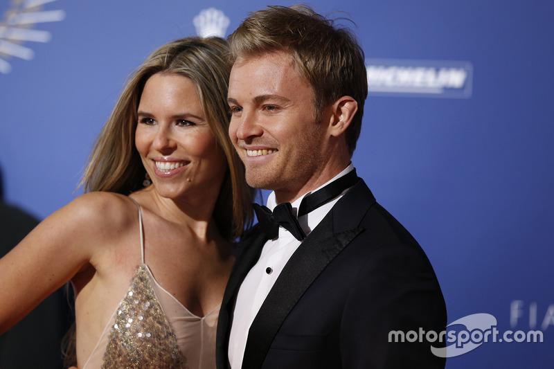 Le champion du monde de F1 Nico Rosberg et sa femme Vivian