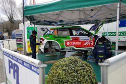 La Skoda Fabia R5 di Alessandro Perico, Mauro Turati, P. A. Racing al parco assistenza