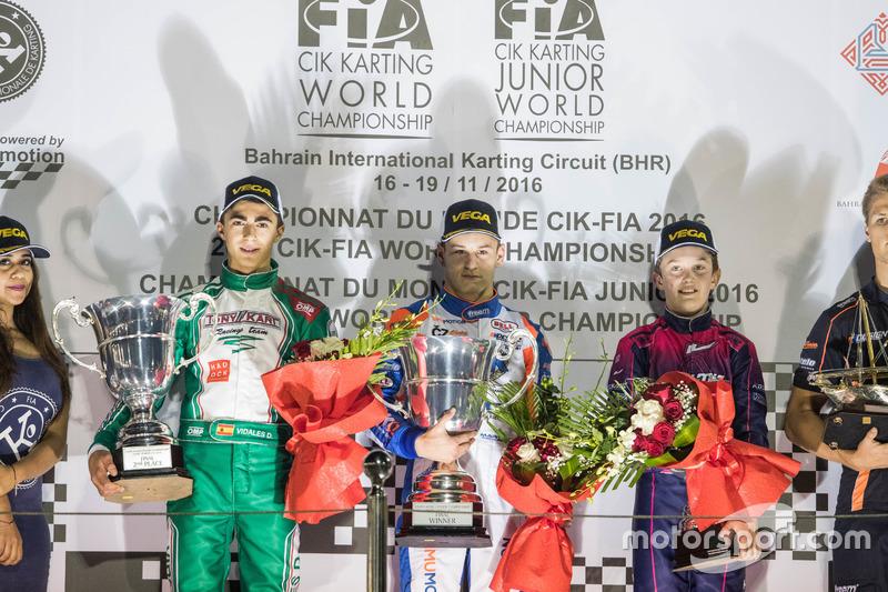 Victor Martins, ganador David Vidales, segundo Theo Pourchaire, tercero