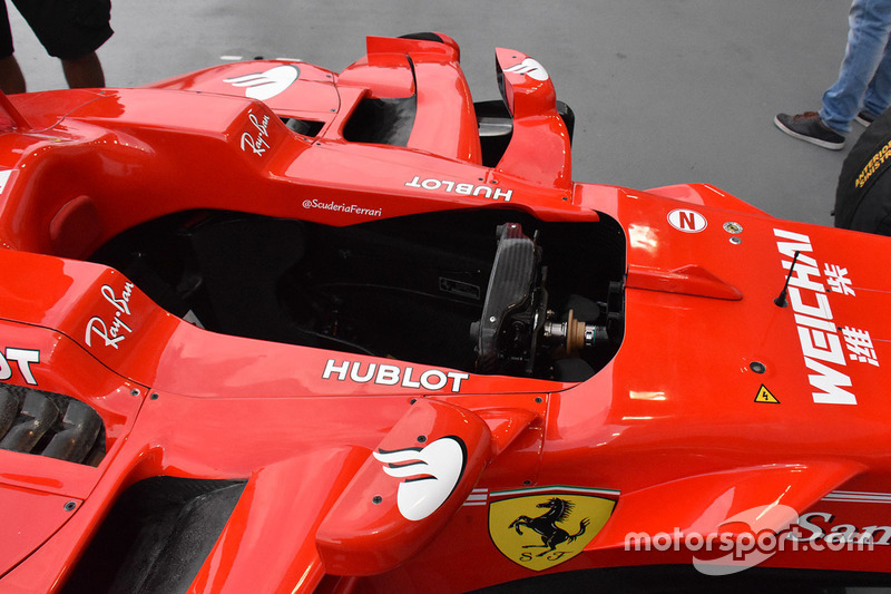 Ferrari SF70H kokpit detay